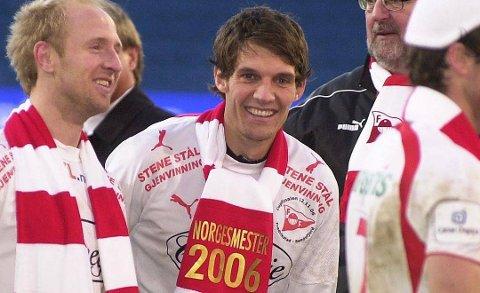Pål André Czwartek ble cupmester med Fredrikstad i 2006. Askimingen har på oppfordring fra Smaalenenes Avis plukket ut sitt lokale drømmelag fra tiden i Indre Østfold.