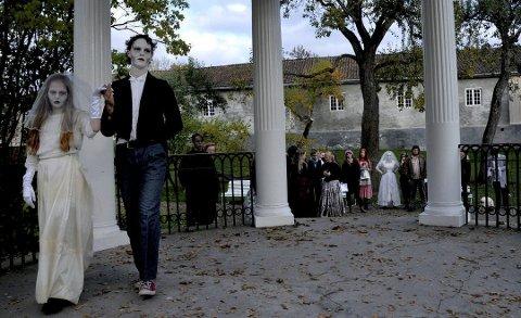 SKUMLE DAGER I PARKEN: Lørdag og søndag 27. og 28. oktober skjer det mye skummelt i Brekkeparken. Det gjør det også på selveste Halloween den 31. oktober.