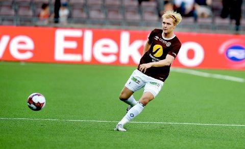 STORTRIVES: Alexander Betten Hansen er glad for at han endte i Mjøndalen og ikke i Odd. Foto: Digitalsport