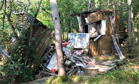SAMMENRAST: Det er denne hytta som ønskes erstattet med en ny og større.