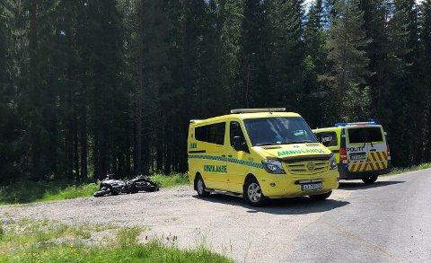 Motorsykkelen skal ha sklidd av veien i nærheten av skisenteret, ved Reshjemvegen.