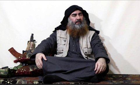 Dette bildet, som ble lagt ut på en militantnettside, viser IS-leder Abu Bakr al-Baghdadi ved en tidligere anledning.