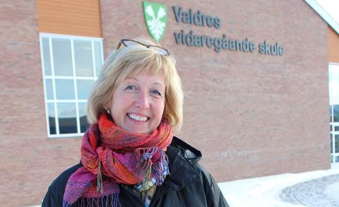 Viktig med smittevern: Sjøl om Kari Rustad og resten av staben på Valdres vidaregåande skule utvider dørene igjen ytterligere fra mandag, er smittevernsveilederen alltid i høgsetet for all aktivitet ved skolen.