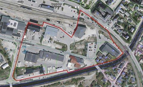 Ny plan: Røros kommune skal starte prosessen med å lage plan for dette området. En av flaskehalsene er kryssingen av jernbanen, der Bane Nor har satt fram krav om planskilt kryssing for gående og syklende. I praksis betyr det en undergang som vil bety store økonomiske konsekvenser.