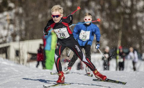 GOD REKRUTTERING: – Dei som var aktive i skiklubben på 80-talet har fått born som dei har introdusert for skisporten. Det har ført til god rekruttering i klubben, fortel Steinar Mørch, som har vore med sidan byrjinga.Arkivfoto
