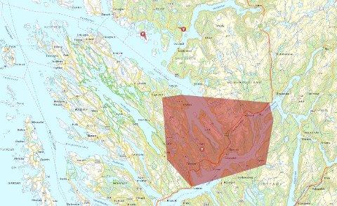 Eit større område og to mindre er råka av straumbrot tysdag ettermiddag.