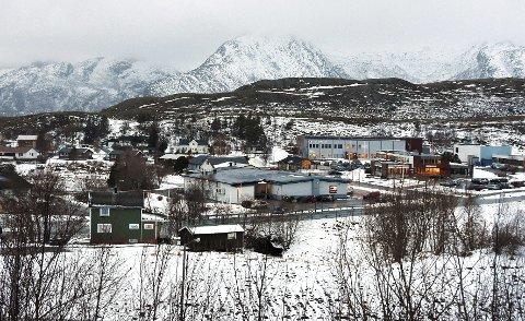 Kan forsvinne: Kommunesenteret Leinesfjord og Steigen risikerer å miste lensmannskontoret sitt.