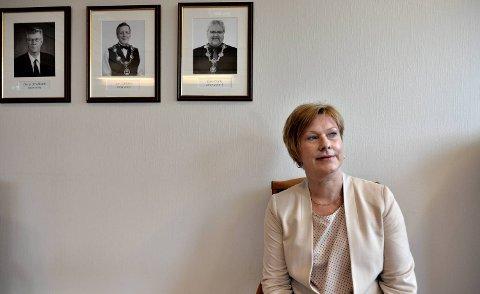 Eli Berland, tok over som ordfører i Fjell kommune da Lars Olai Lie døde.