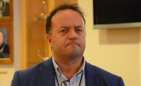 Vil ha svar: Frode Myrhol (FNB) har stilt flere spørsmål til fylkesrådmannen og fylkesordføreren til møtet i fylkesutvalget torsdag 28. januar vedrørende forhåndsinnkreving av bompenger på ferja Mortavika-Arsvågen. Spørsmålene er med bakgrunn i siste tidens usikkerhet rundt realisering av Rogfast.