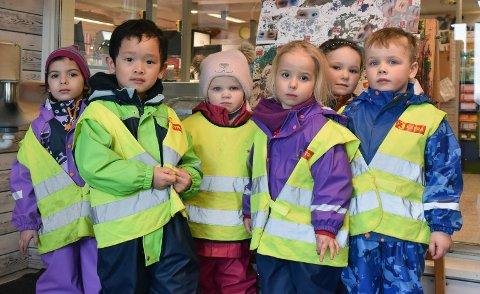 De kommunale barnehagene i Enebakk får nå kompensert noe av inntektstapet som følge av Covid-19. Her ser vi barn fra Flateby barnehage som markerte Barnehagedagen tidligere i år.