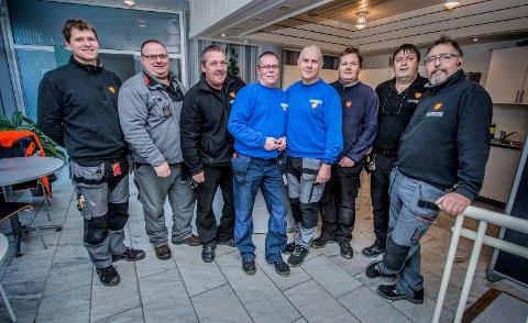 Mer kompetanse: De er de første vaktmesterne i Fredrikstad kommune som tar fagbrev. Fra venstre: Johnny Kristiansen, Bård Roos Svendsen, Jan Hansen, Øystein Sahlin, Bjørn Kirkbak, Roar Johansen, Rolf Vik og Kai Halvorsen.