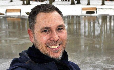 STOLT: Daglig leder Hans Petter Løkkebakken i Østfold forsikring er stolt over å ha inngått et samarbeid med Storebrand. På sikt blir det ansatt 25 til 30 nye medarbeidere ved virksomheten i Sarpsborg.