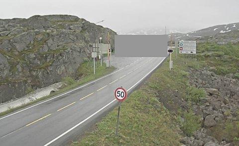 GRÅTT: Det er ikke bare været som er grått på bildene til Statens vegvesen. Nå har de sladdet grensen slik at folk ikke kan se når politiet står der.