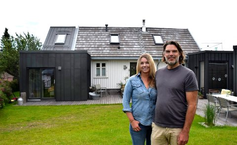 NYTT OG GAMMELT: Sølvi Foss og Ole Christian Nord Pettersen har satt et høyst personlig preg på boligen i Per Deberitz vei.