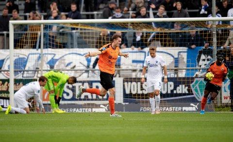 PROFF: Julian Kristoffersen jubler efter han har scoret i superligakampen mellem Hobro IK og FC København sist høst