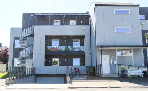 Fearnleys gate 33 er solgt for kr 5.400.000 fra Vigdis A Moen Haga til Miriam A W Kleiven og Rolv Kleiven