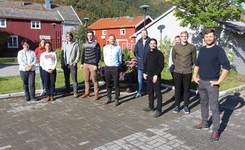 PÅ BESØK: Bergen Carbon Solutions har store planer for Mosjøen. Denne uka er flere av de ansatte her på besøk.