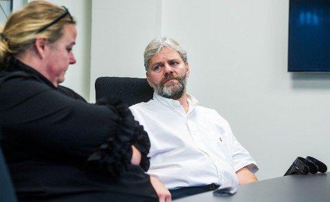 Sju måneder etter koronasmitten vet Lars Wessel Fevang fortsatt ikke om han noen gang kan gå normalt igjen. Foto: Tore Sandberg