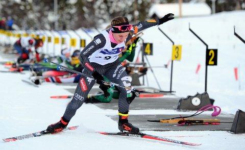 I TOPPEN: Guro Femsteinevik gjekk fort og skaut bra då ho i helga sette konkurrentane sine på plass og vann 16-årsklassen med nesten to minutt.