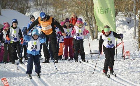 Klassekameratene Lise Arntzen Husebø og Tobias Andersen, stilte til start sammen med tre andre fra klasse 4B ved Leknes skole. Alle foto: Geir Inge Winther