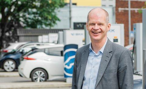 BKK skal bygge hurtigladere i Lofoten. Odd Olaf Askeland leder satsingen.