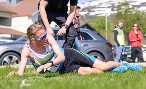 UTMATTET: Stian Dahl Sommerseth slengte seg rett i bakken etter en knusende overlegen seier på Eidemila i Tromsø søndag.