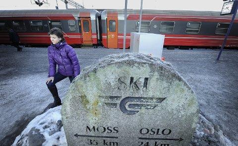 FLYTOG: Solveig Schytz leder for Akershus Venstre håper å få satt opp eget flytog, mellom Fredrikstad og Gardermoen, gjennom den nye Follobane-tunnelen.