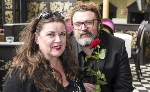 Duo: Jenny Jenssen og Hans-Erik Dyvik Husby lanserer forestillingen «Cornelis och damerna!» på Hotel Wassilioff i Stavern denne sommeren.foto: per albrigtsen