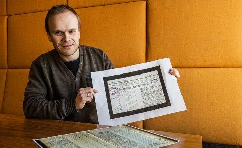 FANT FRAM: Seniorrådgiver Kristian Hunskaar fra Hedrum fant flere svar i gamle kirkebøker.
