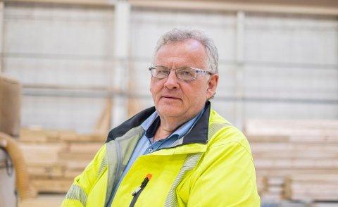 TAKTSKIFTE: Konsernsjef Morten Kristiansen peker på den usikre situasjonen i verdensøkonomien som del av forklaringen på taktskifte i omsetning. Foto: Moelven Industrier