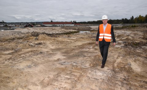 HØSTEN 2019: Karl Erik Rimfeldt ved Østerdalsporten kort tid etter at McDonald's bekreftet planene sine i Elverum.