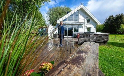 Lene Bech Høgli. Hytta på Lurøya.