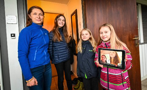 Siri Drageset har hjemmekontor og barna Gia, Oda og Ava har hjemmeskole.