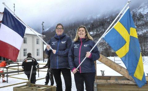 WC-fest: I ettermiddag blir det WC-show for alle på Rjukan torg. Vivian Mathisen og Marit Kvitne lover en flott åpningsseremoni.