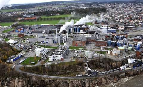 SOLID: Borregaard fortsetter å levere sterke tall.  Hovedkontoret til det børsnoterte selskapet er i tilknytning til fabrikkanlegget i Sarpsborg.