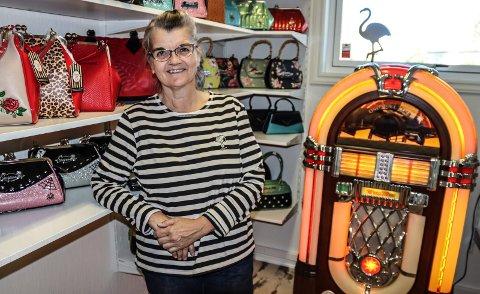 BUTIKKÅPNING: Lørdag åpner Anne Grethe Aronsen retro-butikken Fønix på Hafslund.