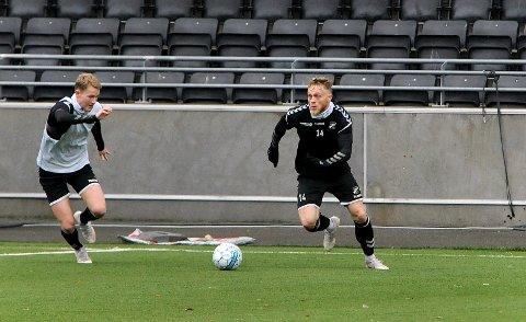 NY ROLLE: Fredrik Nordkvelle testes som kantspiller i disse dager, og kan starte der allerede mot Rosenborg søndag. 33-åringen selv er åpen for å prøve seg i en ny posisjon. foto: ole martin møllerstad
