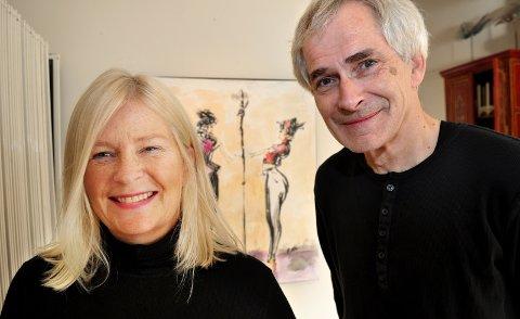 Går i arv: Dagfinn Knudsen har mange ganger hatt utstilling i Kristiansund. Her er han sammen med Berit Dyb Løvold i 2010.