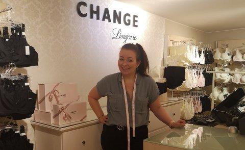 GLEDER SEG: Store manager i Change Tønsberg, Kristin Brønnick Kinander gleder seg over mandagens gjenåpning av butikken.