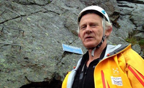 Flyskam: Turistvert Tor Erik Grønolen har guidet turer i 25 år. Denne sommeren ser han en markant økning av svenske gjester. - Når jeg spør hvorfor de velger norske fjell, er det flere som viser til at de ønsker å fly mindre, sier Grønolen.
