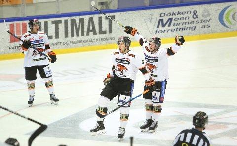 MÅÅÅÅL: Mikkel Christiansen satte inn 3-4-målet i den andre perioden.