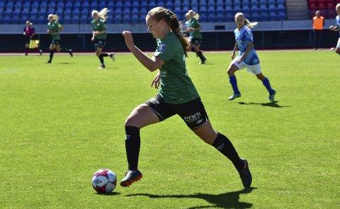 PÅ TOPPLISTE: Dagbladet mener Amazon Grimstad-forsvarer Sofie Haugland Ausland fra Risør er Sørlandets 17. beste fotballspiller.