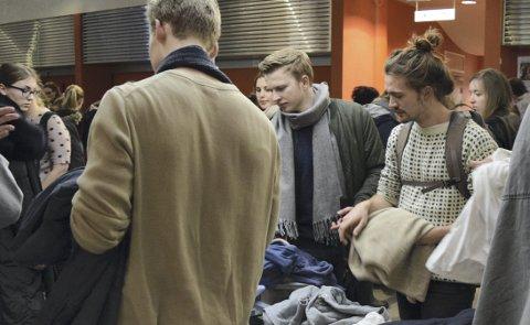 Carl Tomas Nising (25) forsøker å bruke så lite penger som mulig på klær.