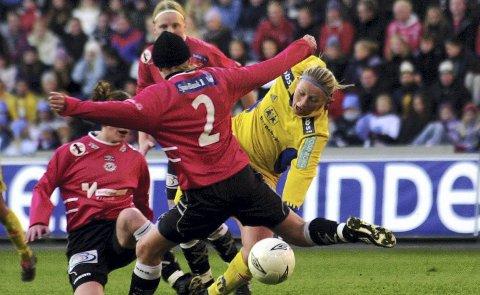 Arna-Bjørnar tapte cupfinalen i 2002 mot Trondheims Ørn. (Arkivfoto: NTB scanpix)