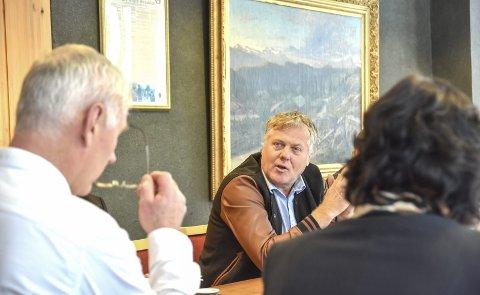 JEKKET NED: Ordfører Ståle Versland forsøkte å jekke ned Jon Hovland etter at han gjentatte ganger har vært kritisk til den jobben teknisk etat i kommunen har gjort.