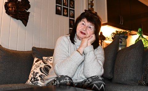 VENTER PÅ SVAR: Tone Svarverud får noen overraskelser hele tiden over ting som blir vanskelig i hverdagen, og hun venter på svar på en utredning om hun har Alzheimers sykdom.