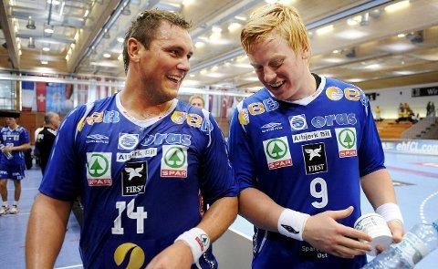 VENDER TILBAKE: Joakim Hykkerud (t.v.) spilte tidligere for DHK, her samme med Henrik Jakobse  i 2010.