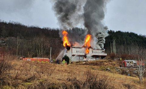 OVERTENNING: Slik såg det ut på brannstaden klokka 15.17.