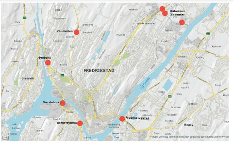 Her blir det blir bomstasjoner i Fredrikstad fra 2018. Ved Seut, ved Fredrikstadbrua, ved Brønnerød på Veumveien og tre steder ved Råbekken: på Rolvsøyveien, i Dikeveien ved Evjebekken og i Evjebekkveien øst for Tomteveien.