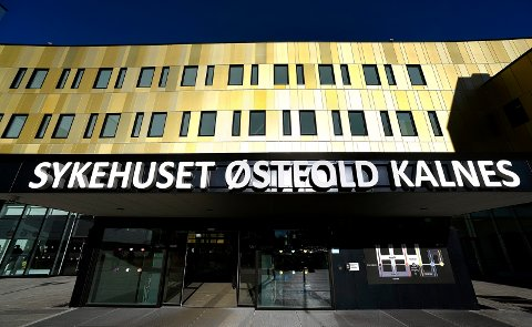 EGNET PLASS: Mannen mente det var fint å gjøre sitt fornødne rett på utsiden av Sykehuset Østfold.